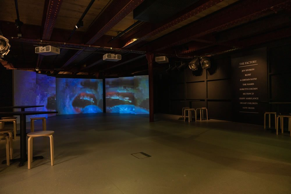 Gig Room - Use Hearing Protection